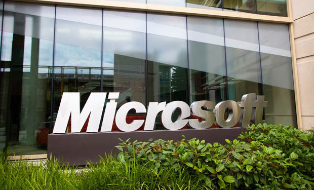 Microsoft Fights U.S. Warrant