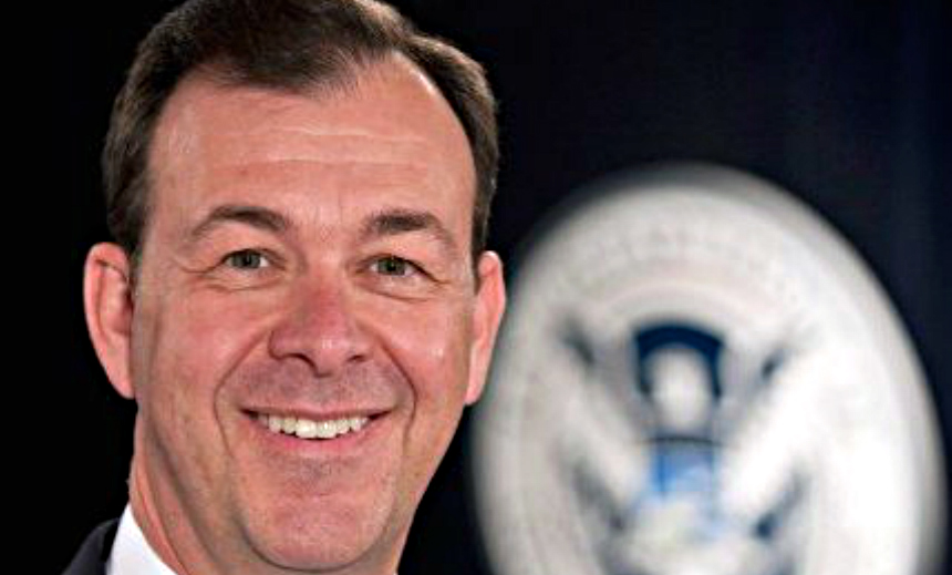Obama Names Retired Air Force General as First Federal CISO