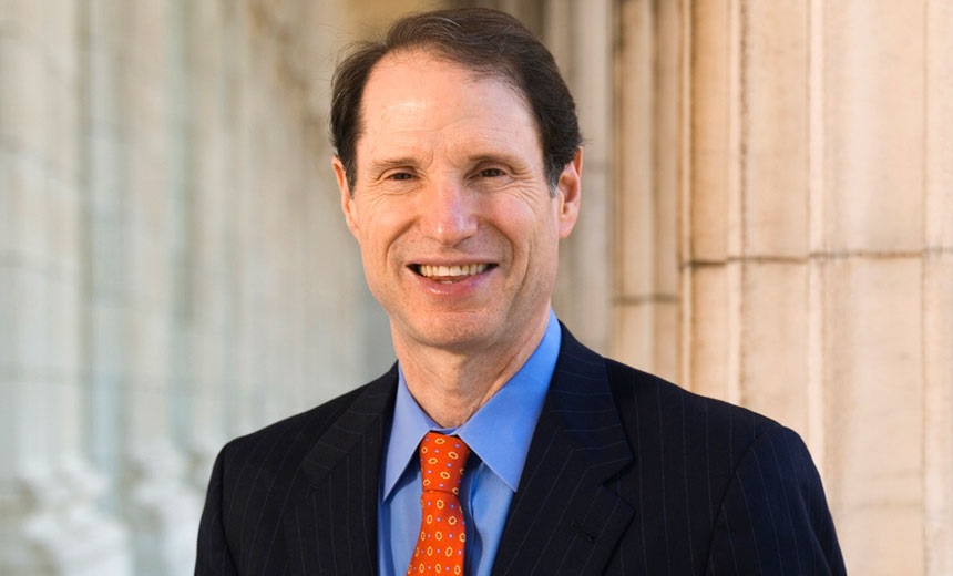 Sen. Wyden Pushes FCC on 5G Security