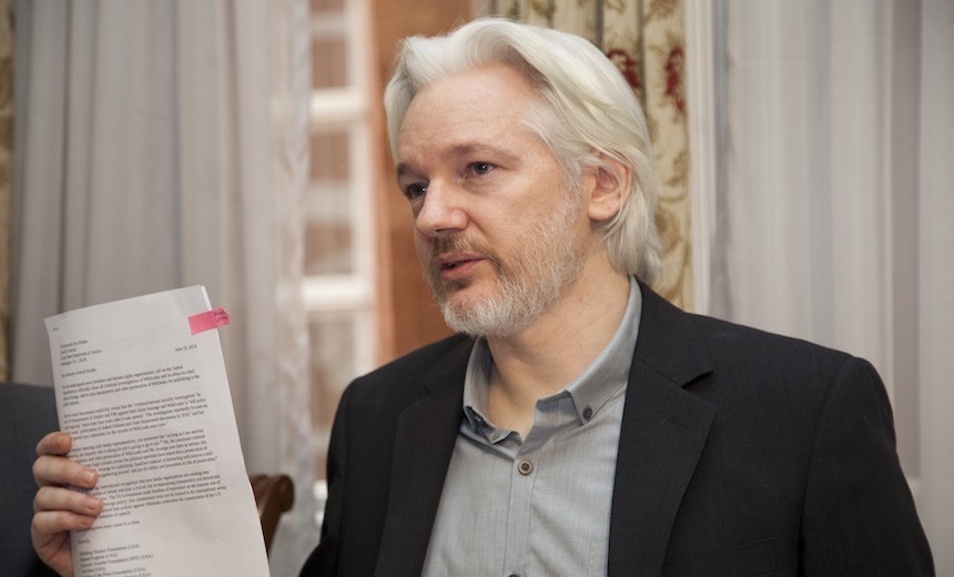WikiLeaks' Assange Signals He'll Fight Extradition to US